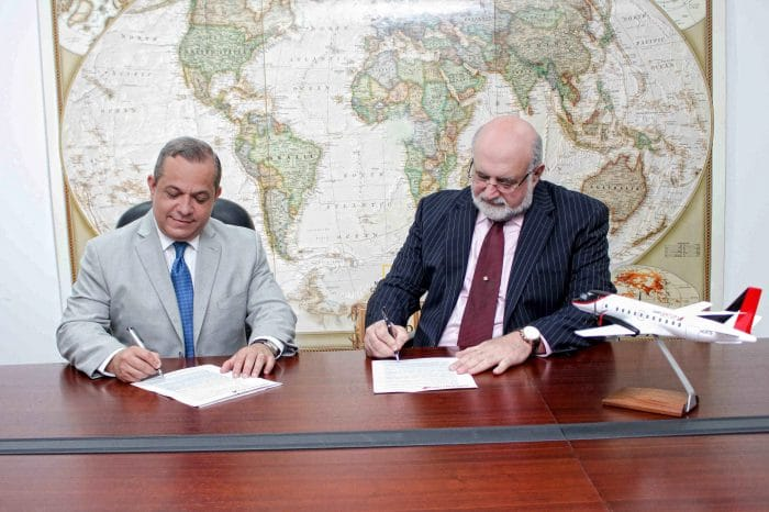 Air Century and Banco del Progreso make a commercial agreement